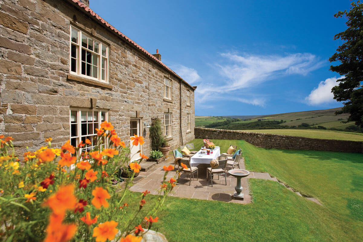 <span>Holiday Cottages with Access to a Golf Course</span> - Save up to 60%